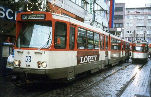 Straßenbahn der Linie 16 am 21.12.1991 in Offenbach (Foto: S.Kyrieleis)